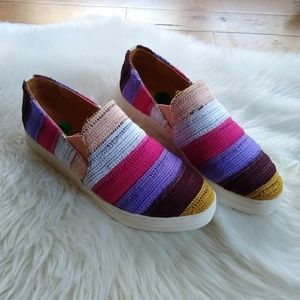 NWOT /Seychelles/ multi crochet striped sneakers